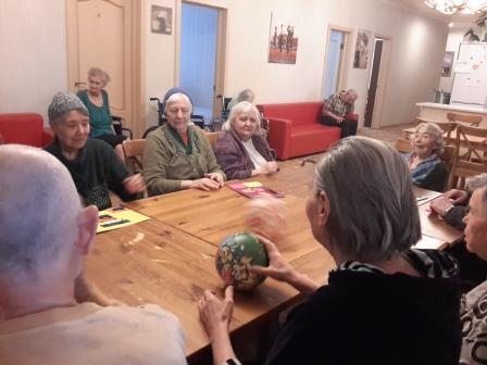 Психологические тренинги для пожилых людей